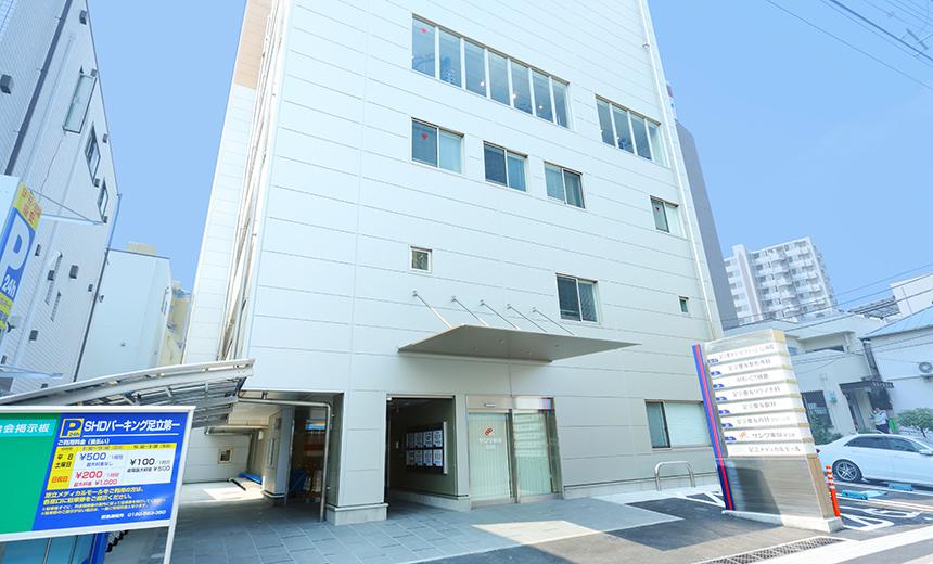 足立慶友リハビリテーション病院の写真2